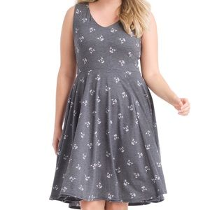 XL EVA ROSE French bulldog fit & flare gray dress
